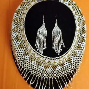 Huichol Art, Necklace with Earrings